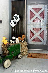 "The Cozy Old ""Farmhouse"": Barnyard 2nd Birthday"