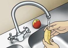 Kiusalliset banaanikärpäset valtaavat usein keittiön syksyllä. Saat ne loukkuun, kun teet keittiöön kärpäsansan. Katso Meidän talon vinkki. Home Organization, Clean House, Diy And Crafts, Cleaning, Home Decor, Humor, Kitchen, Egg, Cheer