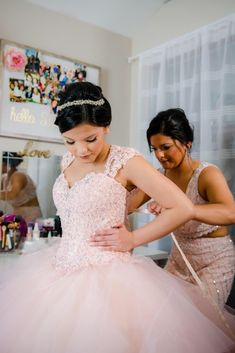 View pictures from Jaydin's Quinceañera in Chicago, IL, USA so you can see photos from their Shine bright in pink and get ideas for your own event! Quinceanera Dances, Quinceanera Court, Quinceanera Planning, Pretty Quinceanera Dresses, Quinceanera Decorations, Wedding Dresses, Xv Dresses, Quince Dresses, Quince Pictures