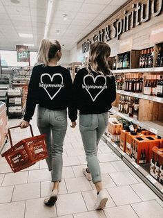 Wine o'clock - Bff Pictures Best Friend Fotos, Best Friend Couples, Best Friend Outfits, Bff Pictures, Best Friend Pictures, Friend Photos, Bff Pics, Road Pictures, Tumblr Bff