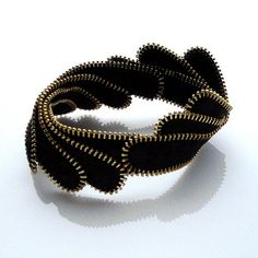 Feather zipper bracelet
