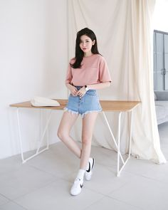 Check Out These Awesome korean fashion outfits 0941 Korean Fashion Winter, Spring Fashion 2017, Korean Fashion Casual, Korean Fashion Trends, Korean Street Fashion, Ulzzang Fashion, Korea Fashion, Korean Outfits, Asian Fashion