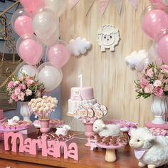 Balloon Decorations, Baby Shower Decorations, Table Decorations, Bambi Baby, Sheep Cake, Farm Cake, 1st Birthday Parties, Little Babies, Boy Or Girl