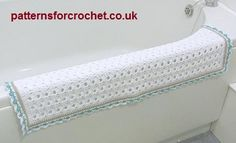 Bathroom floor mat/rug free crochet pattern from http://www.patternsforcrochet.co.uk/bathroom-rug-usa.html #freecrochetpatterns #patternsforcrochet