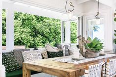 Design Inspiration: The Grove Byron Bay Retreat (Glitter, Inc. Outdoor Rooms, Indoor Outdoor, Outdoor Furniture Sets, Outdoor Decor, Outdoor Dining, Style At Home, Porches, The Grove Byron Bay, The Design Files