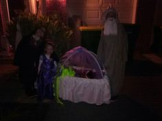 Halloween the kids and their chariot