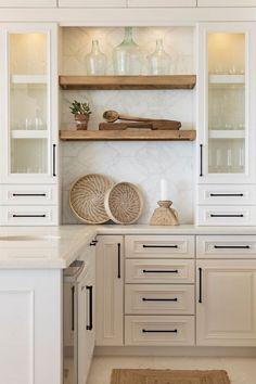 Farmhouse Kitchen Cabinets, Modern Farmhouse Kitchens, Home Kitchens, Kitchen Counters, Farmhouse Ideas, Kitchen Sinks, Kitchen Modern, Kitchen Cabinetry, Kitchen Shelves