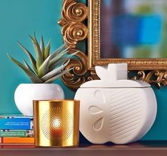 The Big Apple Candle Holder and Santorini Votive Holder from the NEW Jonathan Adler collection exclusively for PartyLite! http://www.partylite.co.uk/products/jonathan-adler-overview.html