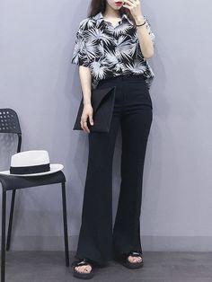Want these korean fashion outfits Korean Girl Fashion, Korean Fashion Trends, Ulzzang Fashion, Korea Fashion, Asian Fashion, Look Fashion, Teen Fashion, Fashion Outfits, Womens Fashion