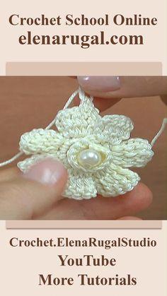 Crochet Flower Headbands, Crochet Flower Tutorial, Crochet Flower Patterns, Crochet Designs, Crochet Flowers, Crochet Cord, Freeform Crochet, Crochet Stitches, Hello Kitty Crochet