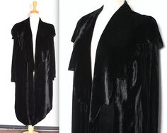 Vintage 1920s Opera Coat // 20s 30s Art Deco Black Silk Velvet Evening Jacket // Scalloped Shawl Collar by TrueValueVintage on Etsy