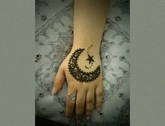Henna design is different than other tattoo and  is much more elegant than them. They don't last long as they are for temporary days only. Henna comes in a range of blacks, browns, and reds and can last up to a few weeks on your skin. It can be different shapes or even cartoons designs, or so on. You can find someone to have such henna tattoo design and if you can then you too can try it yourself. Here are 74  different terrific henna tattoo designs that will add elegance in your appearance…