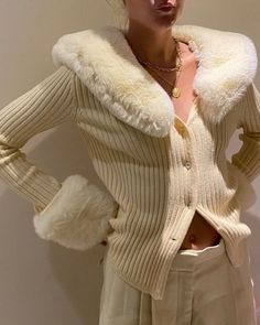 Warm Outfits, Fall Winter Outfits, Trendy Outfits, Winter Fashion, Cute Outfits, Colourful Outfits, Winter Style, Fashion 2020, 90s Fashion