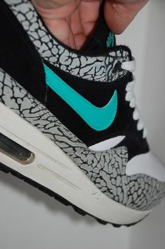 Air Max 90s    Top five shoe lasts ever created