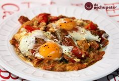"Shakshuka o ""Huevos Rancheros"" Huevos Rancheros, Vegetarian Recipes, Cooking Recipes, Huevos Fritos, Good Food, Yummy Food, Desert Recipes, Food And Drink, Snacks"