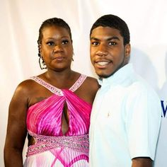 "Within 3 days of Trayvon Martin's death his family hired a media consulting firm.   Within two weeks of Trayvon Martin's death his mother, Sybrina Fulton, filed legal documents to"" trademark"" his name.. So that tells you right there, she was only out of the MONEY!!  THE DETAILS WILL BLOW YOUR MIND !"