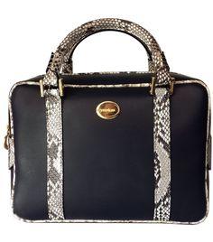 Cassandra box bag