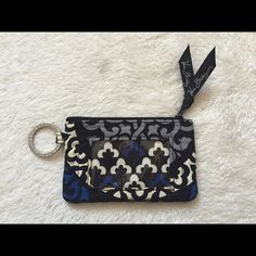 Small Vera Bradley Coin Purse Perfect for cards, bills and coins Vera Bradley Bags Clutches & Wristlets