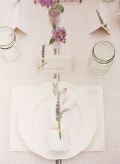 Roses may have cornered the market for romance but I'll take a bundle of lavender over a dozen red roses any day of the week. Could there be anything dreamier than an entire field of soft, wind blown lavender? This inspiration shoot