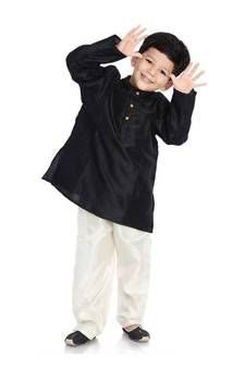 Indian Kids Wear - Buy Children Outfits for Boys & Girls Online Children Outfits, Boy Outfits, Kids Dress Collection, Kids Indian Wear, Girl Online, Stylish Kids, Kids Wear, Boys, Girls