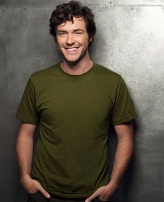 to ] Great to own a Ray-Ban sunglasses as summer gift.Brendan Hines, such a perfect smile ! Jackson Murphy, Brendan Hines, Beautiful Men, Beautiful People, You're Hot, Great Smiles, Perfect Smile, Guys Be Like, Female Images