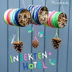 UPCYCLINGIDEE: Insect hotel from tin can tinker From tin cans and wool scraps . UPCYCLING IDEA: tinkering an insect hotel out of a tin can These colorful houses are quickly made out of tin cans and w Upcycled Crafts, Tin Can Crafts, Diy And Crafts, Diy For Kids, Crafts For Kids, Diy Y Manualidades, Bug Hotel, Nature Crafts, Projects To Try