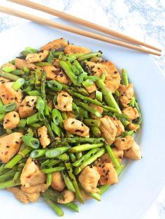 Ginger Chicken and Asparagus Stir Fry - The Lemon Bowl