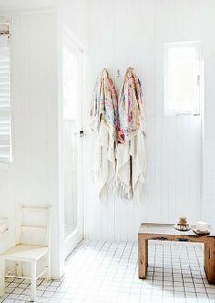 home inspiration: THE TUCKEY FAMILY HOME {new pix}   bellaMUMMA