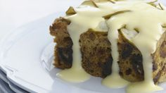 Date and apple pudding recipe - 9Kitchen