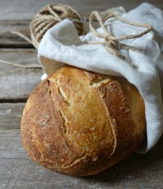 If you enjoy this post and want to learn more about sourdough you cansubscribe to my newsletterand get my 'Getting Started With Sourdough' ebook for free. After sharing how I get my sourdough starter ripe and bubbly ready for baking and then how I bake my sourdough loaves last week, so I thought it was...Read More »