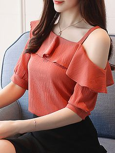 Open Shoulder Plain Lantern Sleeve Blouses # Daily update comfy women's casual styles, big everyday Modest Dresses, Casual Dresses, Fashion Dresses, Casual Outfits, Coat Dress, Blouse Styles, Ladies Dress Design, Short Sleeve Blouse, Blouses For Women
