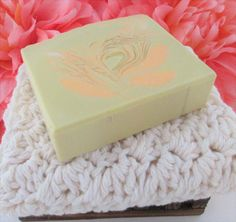 MANGO COCONUT Scented Moisturizing Handmade body soap. Handcrafted using the cold process method with Coconut Milk, Aloe Vera, Mango Butter by SudsNScentsCo on Etsy