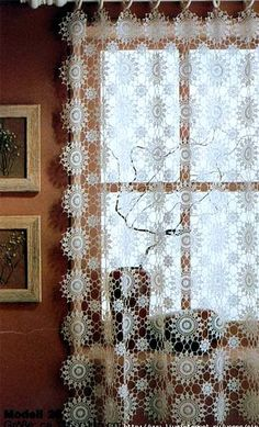 Crochet Patterns of crochet motifs stitches Lace Tablecloth blankets Curtain and Bedspread Crochet Decoration, Crochet Home Decor, Crochet Art, Filet Crochet, Crochet Motif, Irish Crochet, Crochet Designs, Crochet Doilies, Crochet Patterns