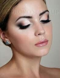 Bridal Makeup Looks 2013 I adore the Nude makeup trend but I also like the Glam Bride. This was my makeup look as a Bride. nails-hair-make-up-and-outfits Beauty Make-up, Beauty Hacks, Hair Beauty, Bridal Beauty, Beauty Tips, Beauty Ideas, Prom Makeup Looks, Wedding Hair And Makeup, Bridal Makeup For Fair Skin