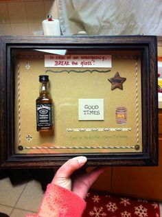 30 th birthday gift for a jack Daniels love Thirty Birthday, Man Birthday, 40th Birthday Ideas For Men Gift, Birthday Presents, Jack Daniels Gifts, Gifts For Friends, Friend Gifts, Diy Gifts For Men, Daddy Gifts