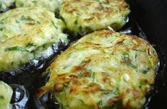 Hearty and healthy meatballs or zucchini fritters Easy Cooking, Cooking Recipes, Healthy Recipes, Vegetable Dishes, Vegetable Recipes, Healthy Meatballs, Zucchini Fritters, Russian Recipes, Good Food