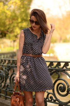 Sweet and simple lady-like polka dot dress.