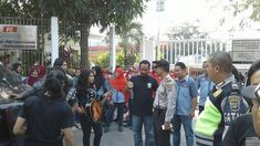 Polsek Batu Ceper Kawal Unjuk Rasa Karyawan PT PZ Cussons - #PolsekBatuCeper #Pelita #BeritaBanten #InfoBanten #Banten - http://bit.ly/2KZjchT