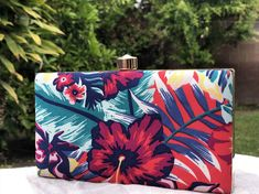 Your place to buy and sell all things handmade Hawaiian Flowers, Hibiscus Flowers, Summer Hats, Summer Wear, Ramadan Gifts, Fabric Design, Cross Body, Things To Come, Tropical