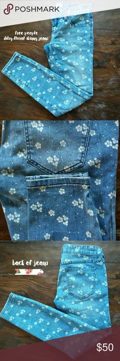 Free People Ditsy Daisy Patterned Jeans Sz. 24 Daisys !!! Light wash skinny jeans with the cutest bleached out daisy pattern. You will never get tired of wearing them cause they are so cheerful. Made from 73% cotton 25% poly 2% spandex. Excellent pre owned condition. Free People Jeans Skinny
