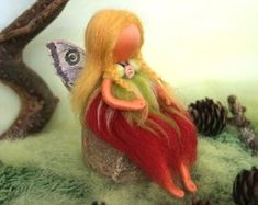 The cherry red fairy, summer - Waldorf inspired, needle felted, by Naturechild Gold Christmas Ornaments, Christmas Fairy, Felt Christmas, Felt Angel, Felt Fairy, Needle Felted, Nature Table, Beautiful Fairies, Little Pumpkin