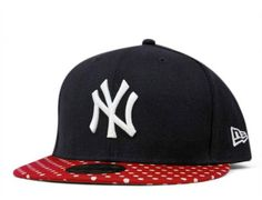 New York Yankees Dot Series Navy 59Fifty Fitted Baseball Cap by NEW ERA x MLB