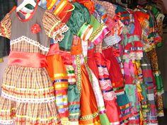 paraiba brasil Preços de aluguel dos trajes típicos varia de R$ 30 a R$ 70 no São João (Foto: Taiguara Rangel/G1)
