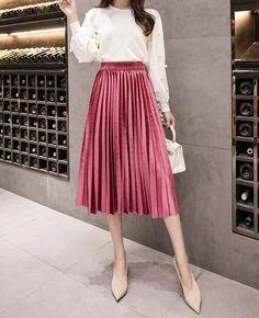 Skirt autumn winter office work casual everyday ladies pleated rose skirt f Pleated Skirt Outfit, Long Skirt Outfits, Winter Skirt Outfit, Dress Skirt, Jumper Outfit, Fashion Mode, Fashion Outfits, Style Fashion, Look Street Style