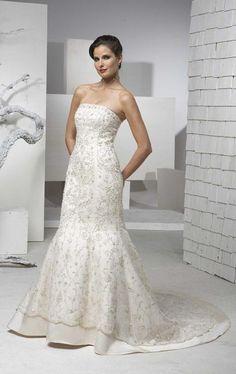 Robe de mariée 2011 en Satin et en dentelle distinguée