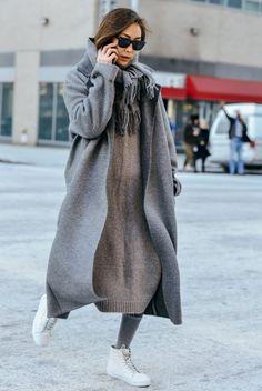 Maxi Strickkleider: ich finde die lange Strickkleider oder Zweiteiler einfach so toll. Sie geben schön warm, sind bequem und sehen gut aus.