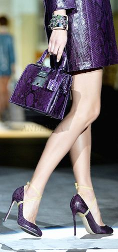 A purple fashion style Purple Love, Mode Purple, Purple Lilac, All Things Purple, Shades Of Purple, Purple Snake, Purple Shoes, Purple Purse, Purple Skirt