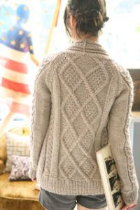 Free Aran sweater knitting pattern