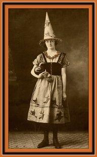1920's Halloween Wit...