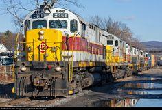RailPictures.Net Photo: DL 2461 Delaware Lackawanna Alco C425 at Scranton, Pennsylvania by Mark MacDougall